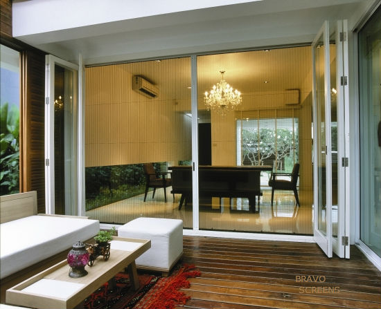 Retractable Patio Screen – A Great Way To Enjoy Your Views, Bug Free!