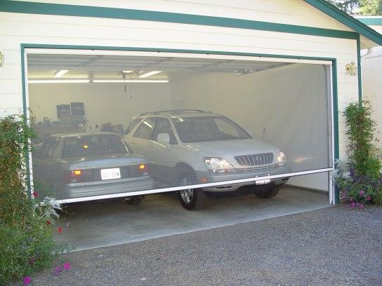Garage Door Screen – A Retractable Solution